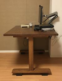 車椅子使用者に最適なテーブルの高さ